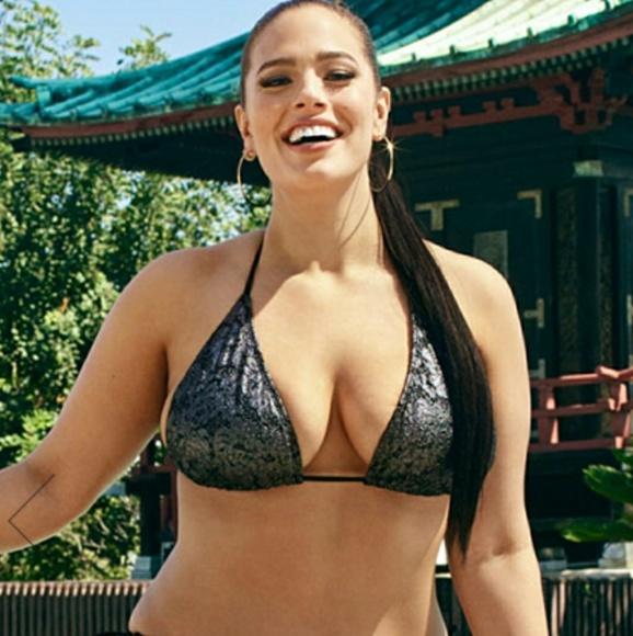 12a9701dc4 NWT Ashley Graham Haiku Bikini Top